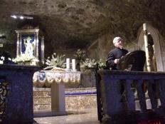 2bis Interno della Basilica di San Michele